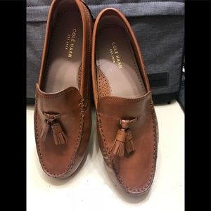Women Cole Haan loafers size 7.5B